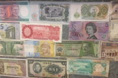 Currency Wall 04